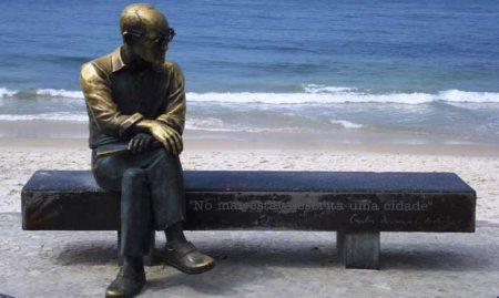 CarlosDrummond_Praia